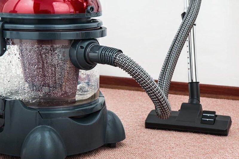 vacuum-cleaner-carpet-cleaner